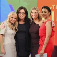 Photo Flash: ON THE 20TH CENTURY's Kristin Chenoweth Visits 'The View'