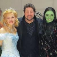 WICKED West End Welcomes Michael Ball Backstage