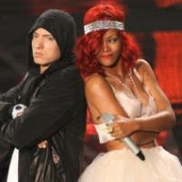 Eminem & Rihanna Perform 'The Monster' at 2014 MTV MOVIE AWARDS Tonight