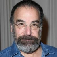 Tony Winner Mandy Patinkin Signs On for Asif Kapadia's ALI & NINO