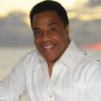 Earl Turner Returns to the Suncoast Showroom This Weekend