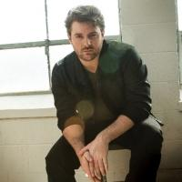CHRIS YOUNG's 'Who I Am With You' Becomes His 6th # 1 Single