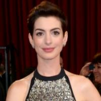 Anne Hathaway to Star in GROUNDED at the Public; Julie Taymor Directs!