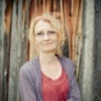 Karen Haglof Releases Debut Solo Album 'Western Holiday'
