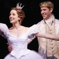 BWW Reviews: Paramount's Fresh CINDERELLA is a Lovely Night