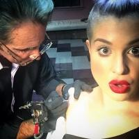 Kelly Osboure Gets Tattoo in Tribute to FASHION POLICE Co-Host & Mentor Joan Rivers
