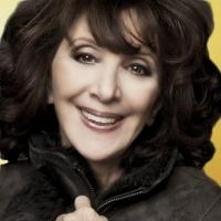 VIDEO: Andrea Martin Talks Hosting The Oscars, The Dress, and More!