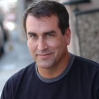Rob Riggle to Join Rob Lowe in NBC's Comedy Pilot THE PRO