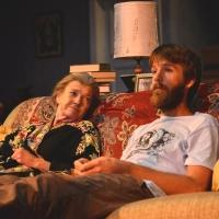 BWW Reviews: Nancy E. Carroll is Worth the Journey to 4000 MILES at Gloucester Stage Company
