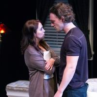 BWW Reviews: Strong Acting of Timely Script Makes SEX WITH STRANGERS One to See at Signature