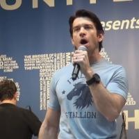 BWW TV: ROCKY's Andy Karl Gives Knock-Out Performance at STARS IN THE ALLEY!