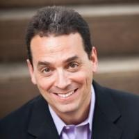 Daniel Pink Hosts Nat Geo Channel's New Hidden Camera Series CROWD CONTROL, Beginning Tonight