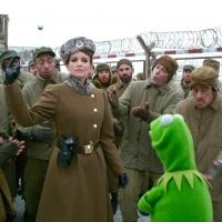 VIDEO: FIRST LOOK - Ty Burrell, Tina Fey & More Star in MUPPETS MOST WANTED