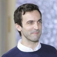 LVMH Denies Ghesquiere to Replace Jacobs at Vuitton