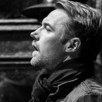 Photo Flash: First Look at Ronan Keating in Rehearsal for West End's ONCE!