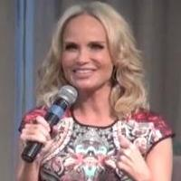 BWW Interview: Kristin Chenoweth Reflects on WICKED- 'I'll Never Have a Better Entrance in My Career'