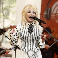Photo Flash: Dolly Parton Performs on NBC's TODAY