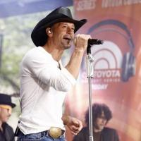 Photo Flash: Tim McGraw Performs on TODAY's Summer Concert Series