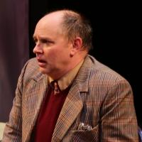 BWW REVIEW: 'ONE MAN, TWO GUVNORS,' FEW LAUGHS