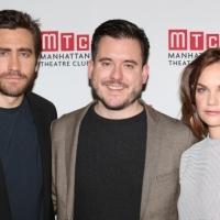 FREEZE FRAME: CONSTELLATIONS' Jake Gyllenhaal & Ruth Wilson Meet the Press!