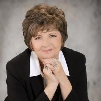 Karen J. Hicks Appears at Book Signing in Las Vegas Today