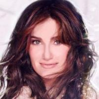 Idina Menzel Shares Excitement Over NBC's ROCKELLER CENTER CHRISTMAS TREE LIGHTING Performance