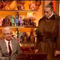 STAGE TUBE: MATILDA's Alex Gaumond Scolds Paul O'Grady on ITV
