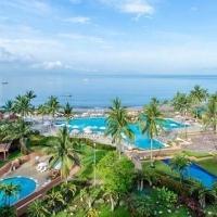 CasaMagna Marriott Puerto Vallarta Resort & Spa Makes A Splash During Whale Watching Season