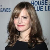 Jennifer Jason Leigh in Talks to Star in Tarantino's HATEFUL EIGHT