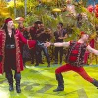 BWW's Top Ten TV gifs of the Week; SOA, REIGN, NEWSROOM, PETER PAN LIVE! and More!