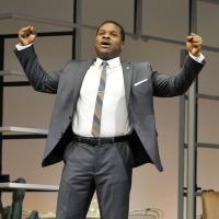 BWW REVIEW: GUESS WHO'S COMING TO DINNER? Still Has an Edge