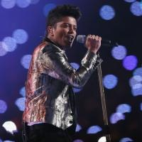 VIDEO: BRUNO MARS Lights Up Stadium with Dazzling Super Bowl Half-Time Performance