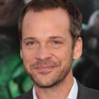 Peter Sarsgaard and Winona Ryder Join Indie Film 'EXPERIMENTER'