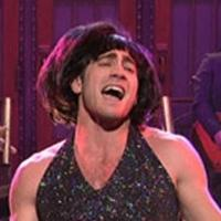 FLASH FRIDAY: Suddenly Singing! Jake Gyllenhaal Gears Up For LITTLE SHOP OF HORRORS Onstage