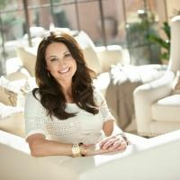 OWNZONES Teams with Award-Winning Designer Jennifer Adams on New Home Decor Channel