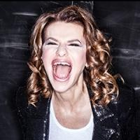 BWW Reviews: SANDRA BERNHARD Is Not Only #Blessed, But She's Also Authentic, Riveting, and Hilarious at Joe's Pub
