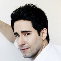 BWW Reviews: Singer JOHN LLOYD YOUNG Brings An Evening for Friends to Sterling's Upstairs at the Federal