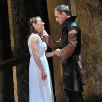 BWW Reviews: A Dark and Timely THE LOVE OF THE NIGHTINGALE at Constellation Theatre