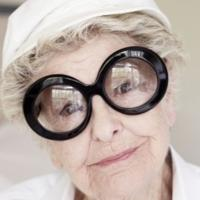 FLASH FRIDAY: Hats Off! An Elaine Stritch Memorial