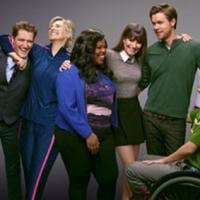 First Look At Full GLEE Cast Posing For Final Season Group Photo