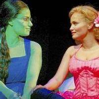 WICKED Chat: Kristin Chenoweth & Idina Menzel Talk Rumored Rivalry, Tonys & More