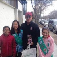 Nice Guy Tom Hanks Buys Girl Scout Cookies, Makes Donation to Local Troop