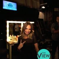 Kristin Chenoweth Performs Tribute to Joan Rivers on Season Premiere of THE VIEW