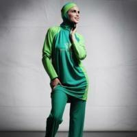 Jenny Rose Creates Arabic Swimwear