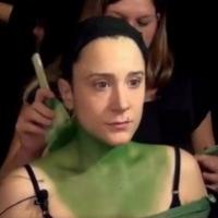 STAGE TUBE: Dee Roscioli Goes Green as 'Elphaba' for WICKED at Segerstrom Center
