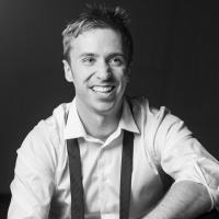 SING OFF A Cappella Artist Peter Hollens Debuts New Music Video