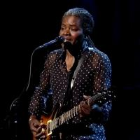 VIDEO: Tracy Chapman Performs 'Stand By Me' on LETTERMAN
