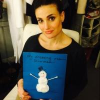Idina Menzel Invites FROZEN Fans to Take 'Snowman Challenge' to Support A BroaderWay Foundation