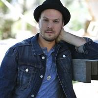 Gavin DeGraw and Matt Nathanson 'Make A Move' to Mandalay Bay Beach This June