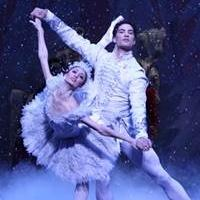 Joffrey Ballet's THE NUTCRACKER Runs Now thru 12/28